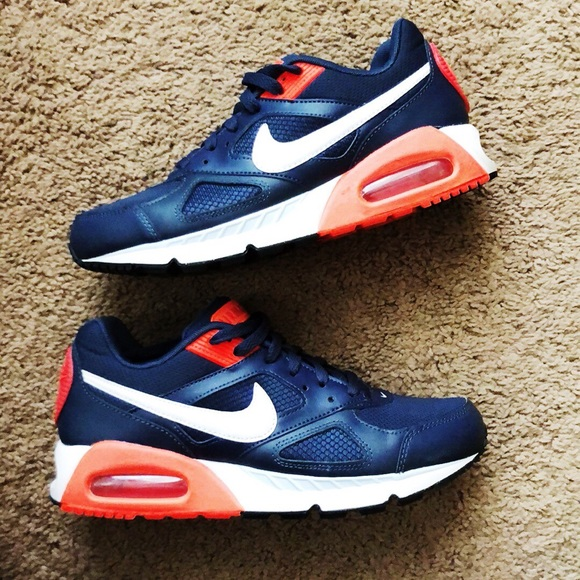 the latest new high quality finest selection *RARE* Navy & Coral Nike Air Max 8.5
